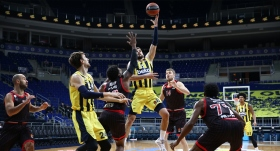Fenerbahçe Beko moral buldu