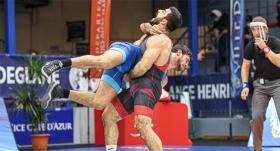 Milli güreşçilerimiz Fransa'da şampiyon