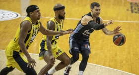 Fenerbahçe Beko seriyi bozmadı