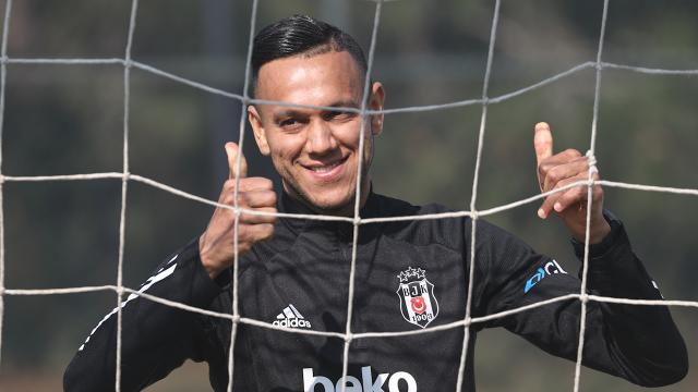 ''Şampiyonluğun en büyük favorisi Beşiktaş''
