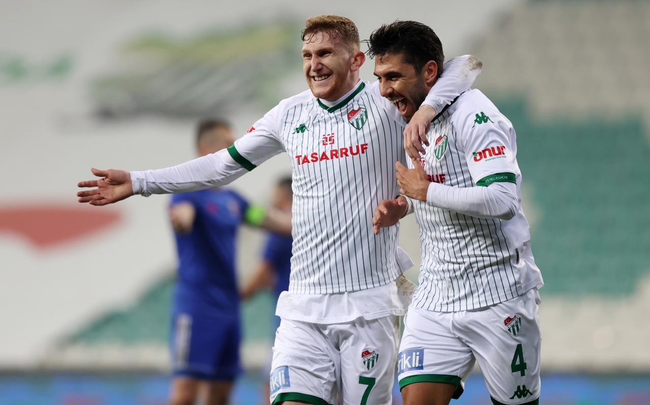 8. Bursaspor geriden gelip kazandı