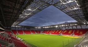 Gürsel Aksel Stadı'nda ilk final