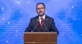 Bakan Kasapoğlu'ndan Tuğçe Şahutoğlu'na tebrik