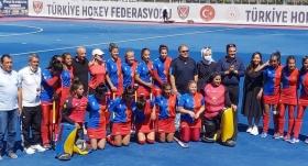 Kadınlar Hokey Süper Ligi'nde şampiyon Gaziantep Polisgücü