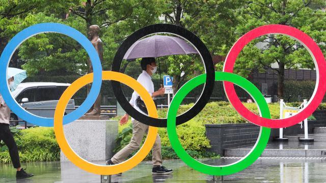 Tokyo Olimpiyatları seyircili