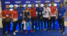 Dünya Yıldızlar Güreş Şampiyonası'nda 8 madalya birden
