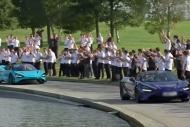 McLaren kahramanlar gibi karşılandı