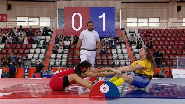 Dünya Mas Güreşi Şampiyonası İstanbul'da başladı