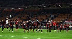 Milan, Venezia'yı 2 golle geçti