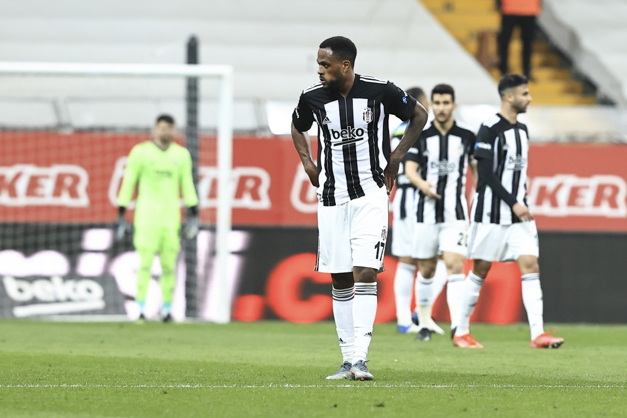 5) Cyle Larin - 11,5 Milyon Euro (Beşiktaş)