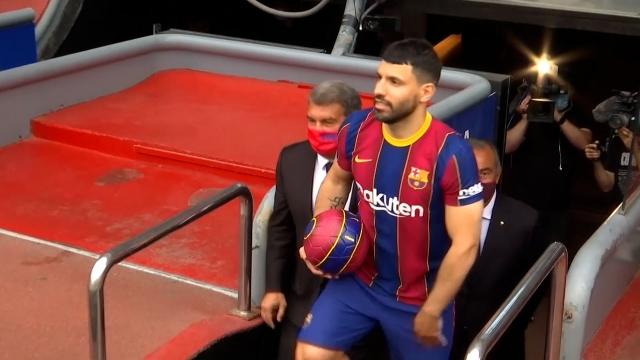 Barcelona'da Sergio Aguero sahalara döndü