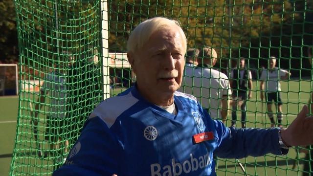 87 yaşındaki kaleci jübile yaptı