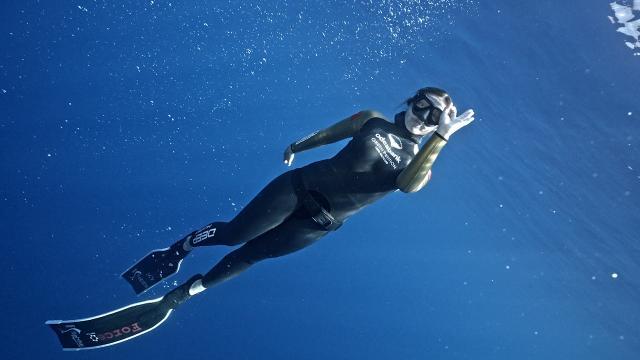 Milli dalgıç Şahika'dan dünya rekoru