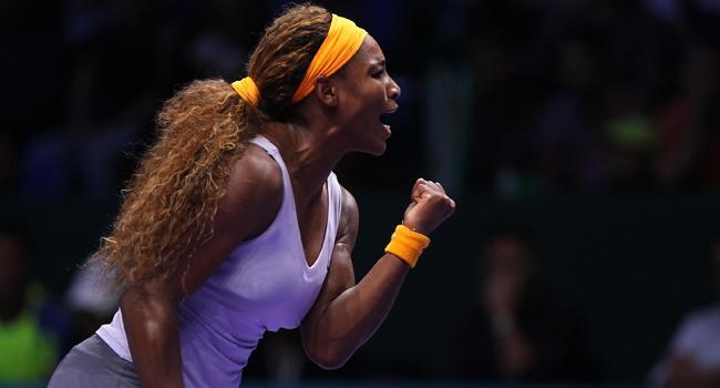 Serena Williams güle oynaya