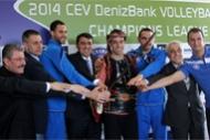 Halkbank 4lü finallere hazırlanıyor