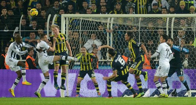 Beşiktaş derbi galibiyetine kilitlendi