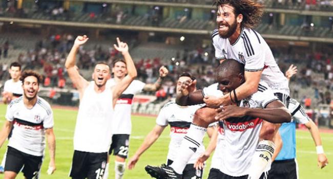 Beşiktaş'a 3 futbolcudan sürpriz