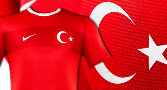 ManU Türk yıldızın peşinde