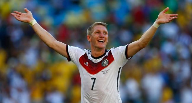 Yeni kaptan Schweinsteiger