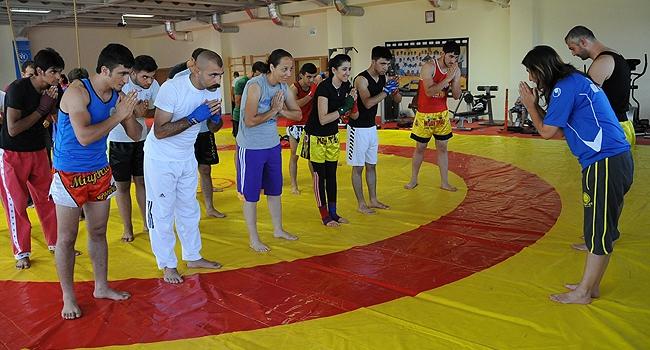 Muay thai antrenörlük kursuna yoğun ilgi