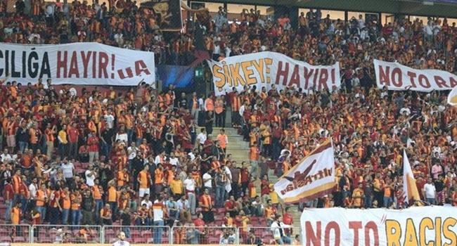 Arena'da TFF'ye protesto