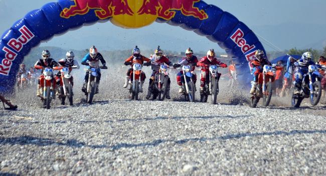 Enduro yarışçıları Kemer için gün sayıyor