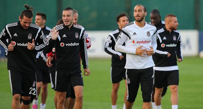 Beşiktaş İngiltere'ye gitti