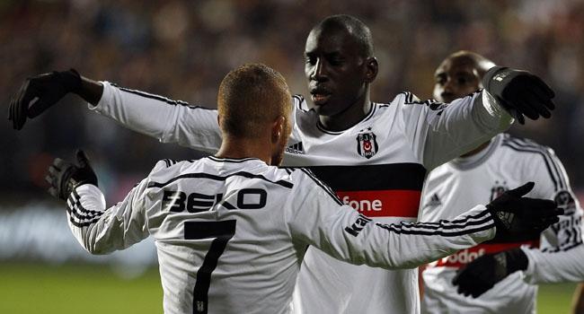 Beşiktaş Komşu'da tur arıyor!