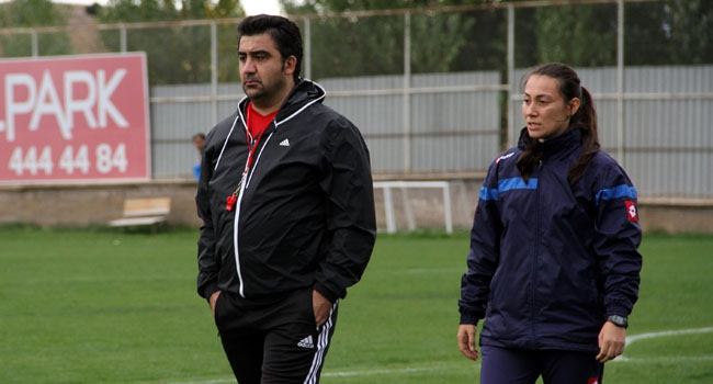 Elazığspor'a kadın antrenör
