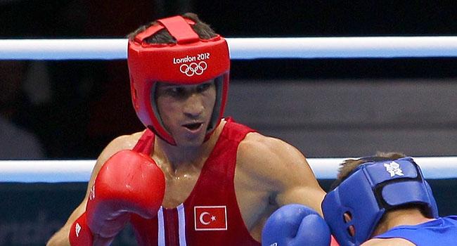 Adem Rio aşkına ringe çıkıyor