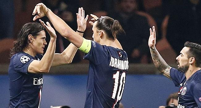 Ajax'ı Cavani ve İbrahimovic bitirdi